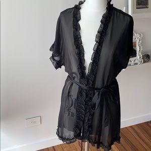Sexy Linea Donatella s/m sheer robe like new